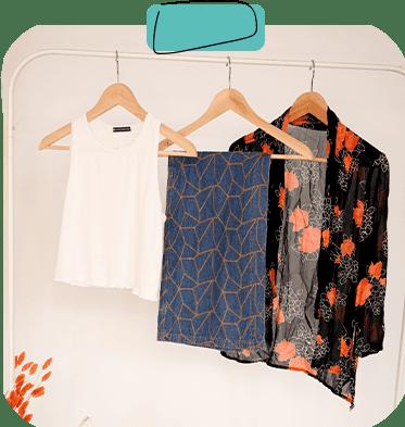 Kleider auf Kleiderbügel